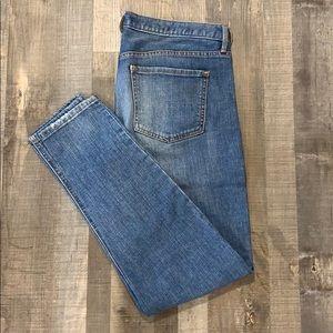 Size 6 Mossimo Skinny boy friend jeans